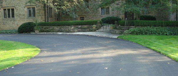 Residential Paving, Residential Asphalt, Driveway construction, waukesha Paving, Milwaukee Paving, paving