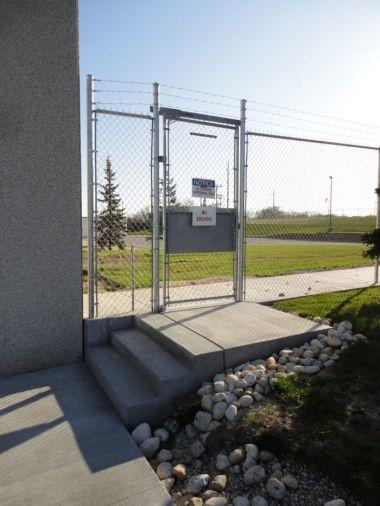 fences, chain link fence, milwaukee