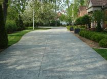Concrete driveway paving, paving contractors, Milwaukee