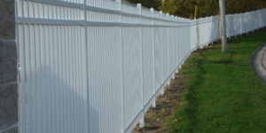 Milwaukee Fence, Residential Fences, Waukesha Fence, fencing contractors, Milwaukee