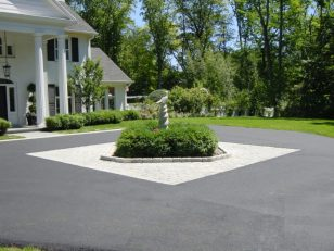 asphalt milwaukee, paving, driveway paving,