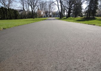 Black top Driveway Milwaukee , Asphalt , Residential Asphalt, Driveway Construction, Milwaukee Asphalt Driveway, paving, asphalt paving