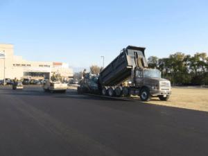 asphalt paving, parking lot paving, parking lot construction, commercial asphalt,