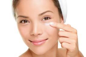 Flecken im Gesicht: 5 Natürliche Heilmittel