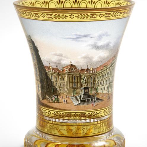 Beč, oko 1820. oslikao: Anton Kothgasser staklo, bezbojno, brušeno, oslikano emajlom; pozlata vis. 12,5 cm; promjer 9,5 cm MUO 19037 Iz zbirke E. Weissa.