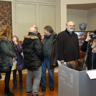 Publika u prigodi otvorenja izložbe Božice Dee Matasić u MUO