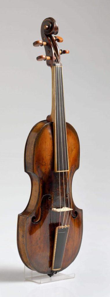 Violina-pochette /MUO 8837/ 17. stoljeće (?)