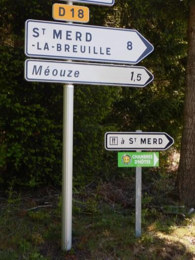 Roadsign to St. Merd