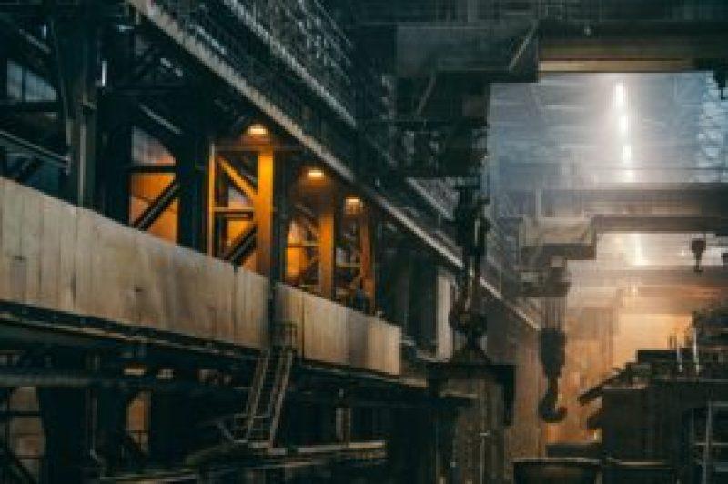 工場勤務、つらい