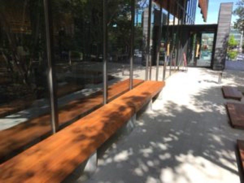 スターバックスコーヒー浜松城公園店、テラス
