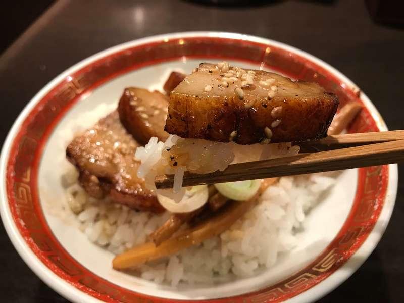 麺創房 一凜のチャーシュー丼