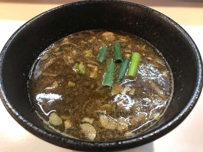 濃厚中華そば麒麟のスープ