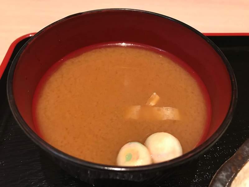 四季旬膳濱やの味噌汁