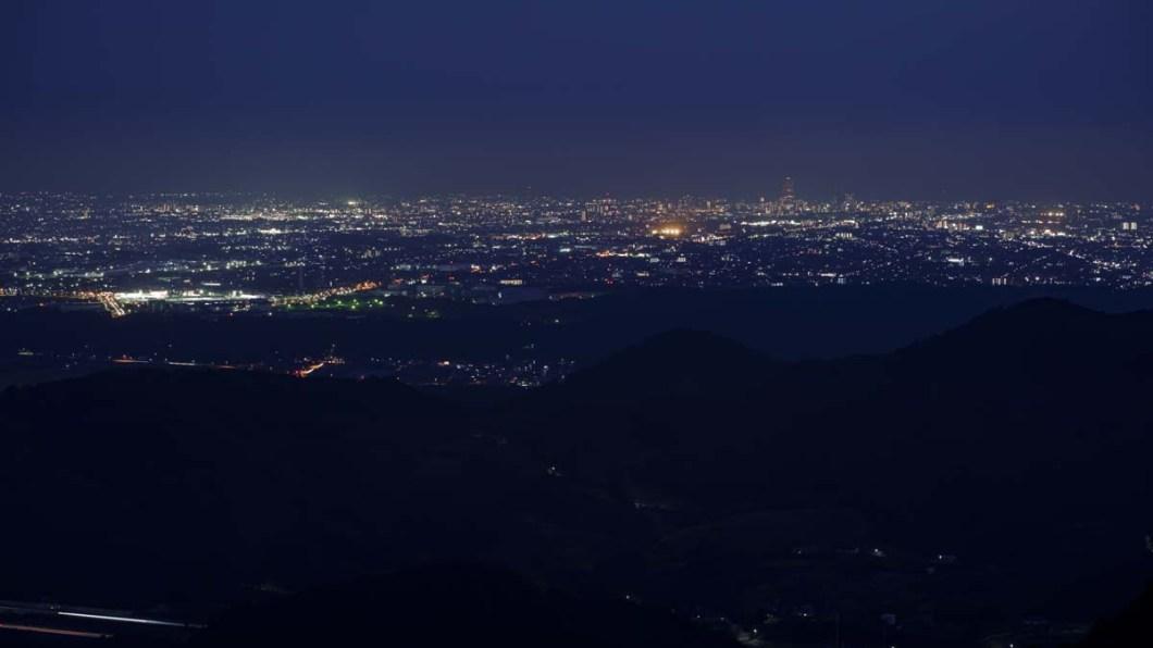 滝沢展望台からの夜景