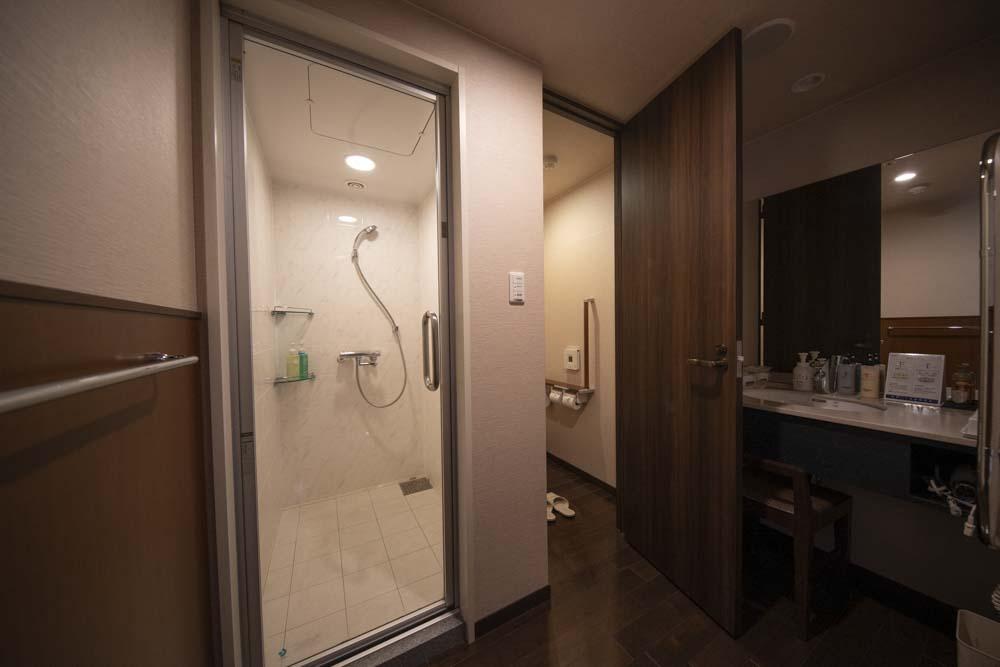 ホテル ウェルシーズン浜名湖 トイレ お風呂