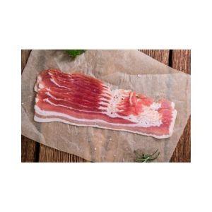 TILBUD: First pris bacon 400g m/svor