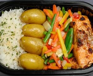 Laks,grønnsaker,potet,ris