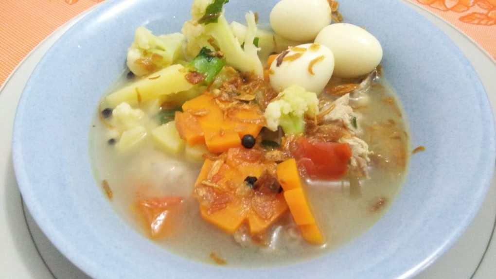 Sup Ayam Merica Hitam