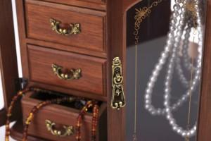 お金や貴金属・写真や手紙の発見|室蘭・登別・伊達・札幌の遺品整理社