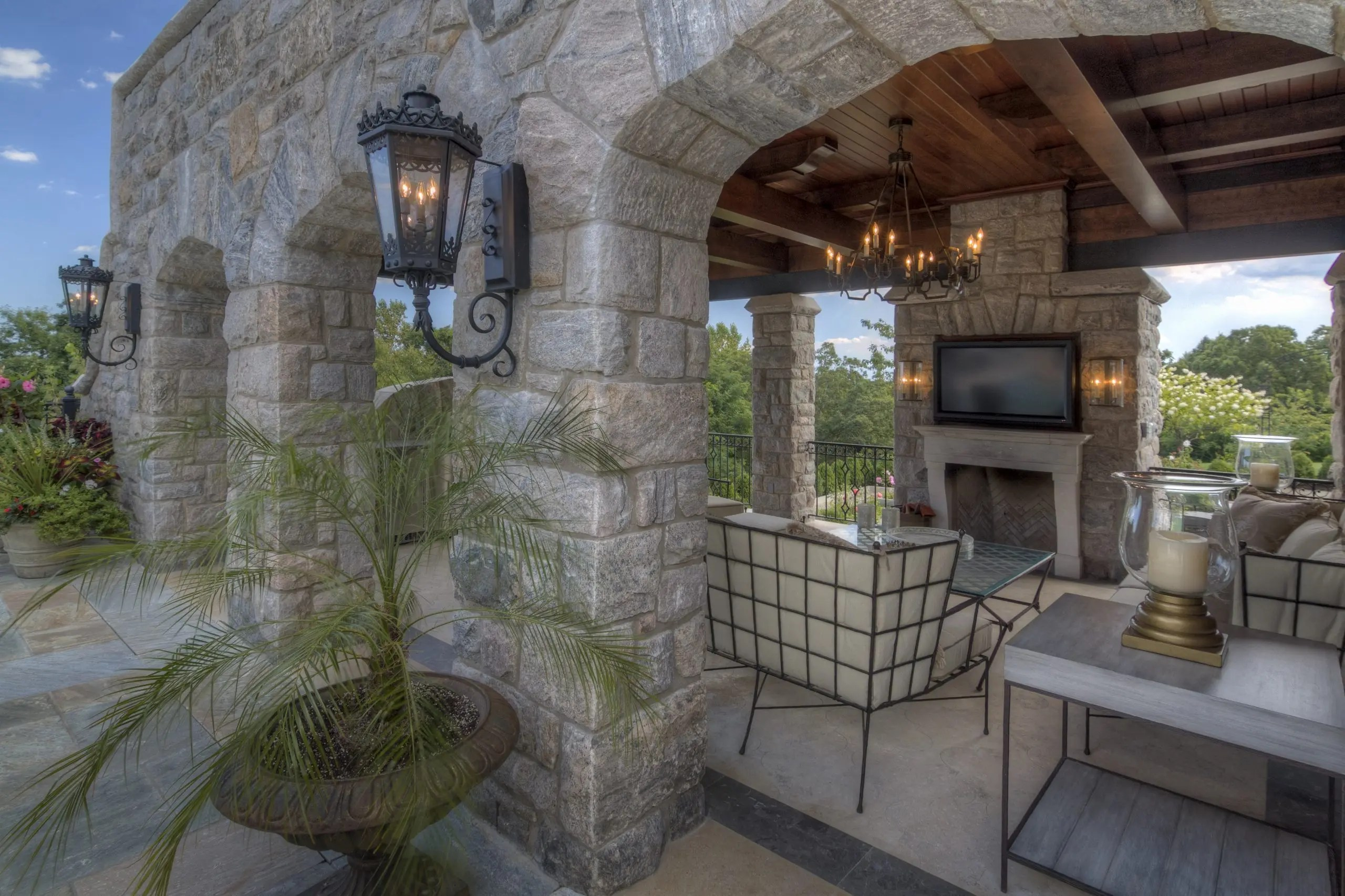 Castle Pool House 2 - Armonk, NY - Murphy Brothers Contracting Project