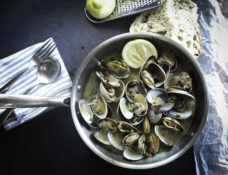 sauteed-clam-dinner