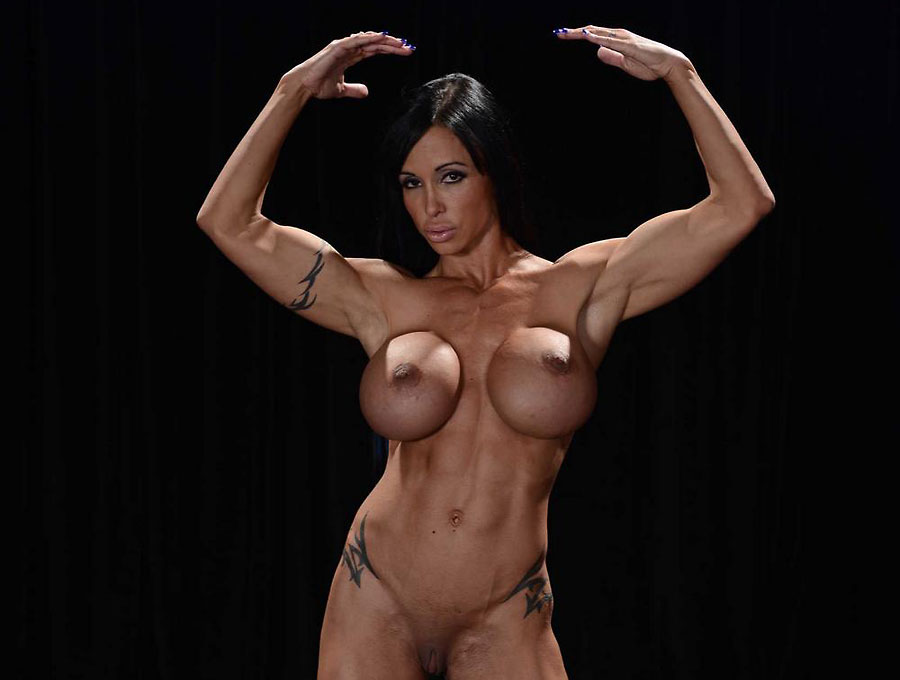 buff pornstar milf jewelsjade nude flexing