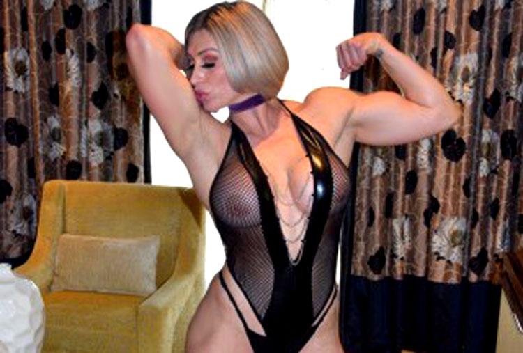 buff bodybuilder blonde muscle_goddess
