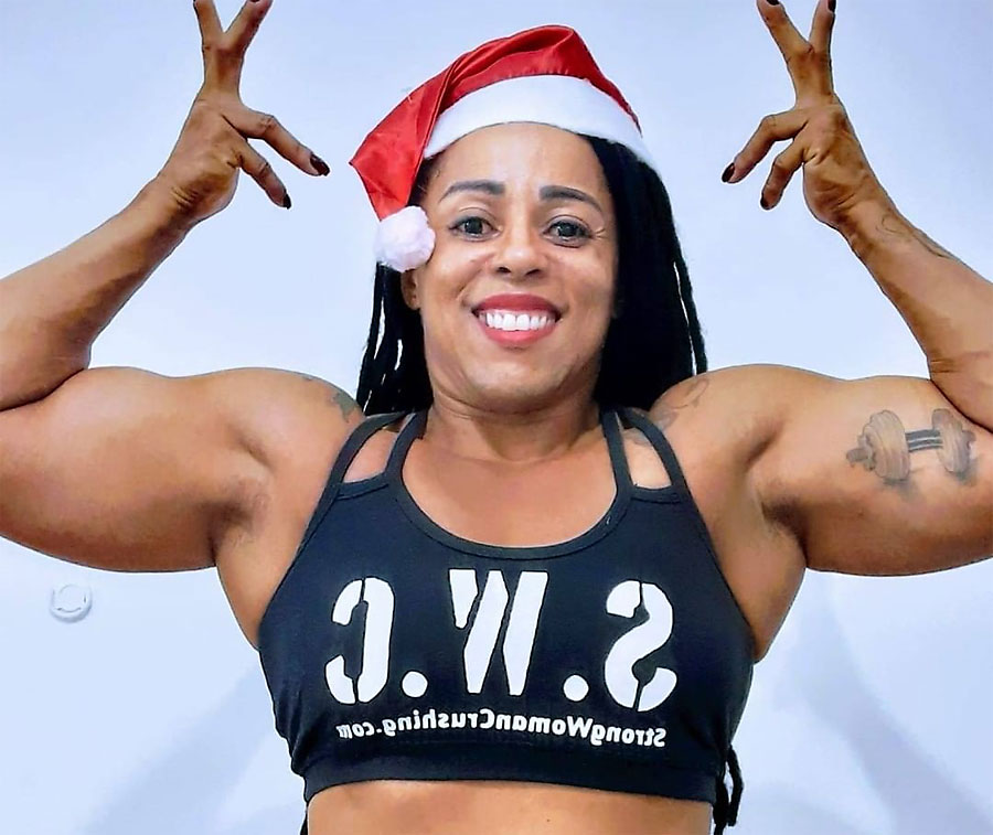 ebony female bodybuilder martastrong