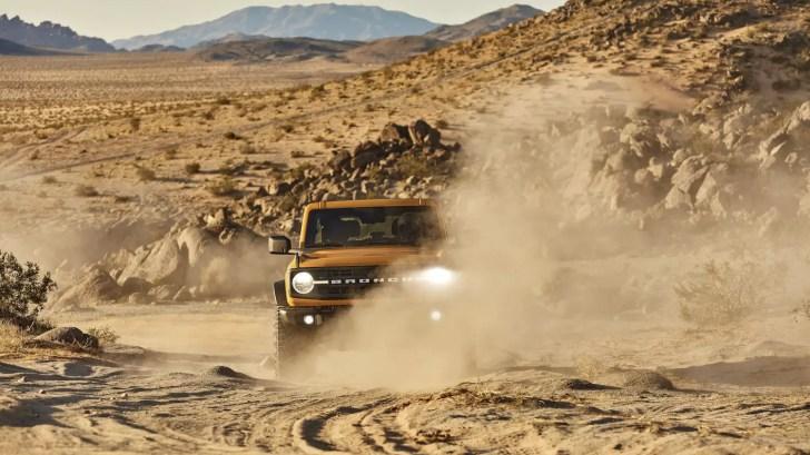 2021 ford bronco black diamond edition sasquatch package