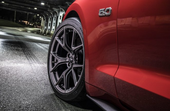 Ford Mustang Performance Pack 2 Tire Michelin