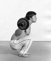Casey Viator au squat (position incorrecte)