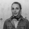 Alexis Walker, Conservatrice adjointe, Costume, mode et textiles, Musée McCord