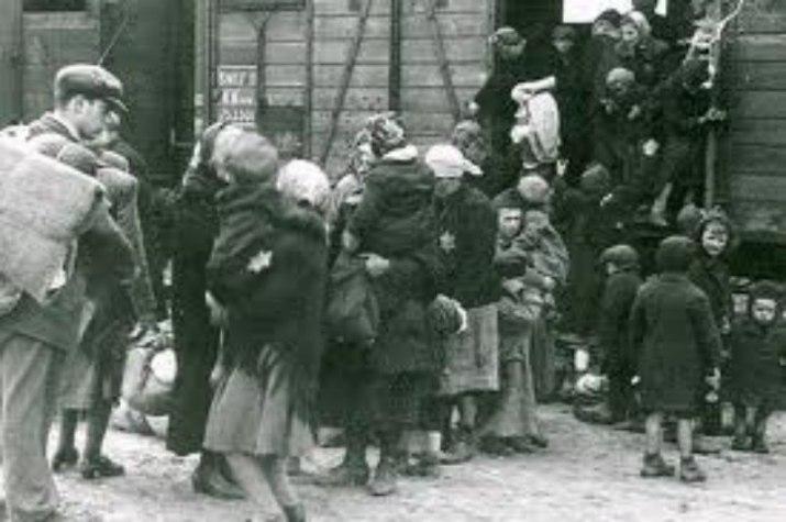 La déportation : vers les camps de concentration
