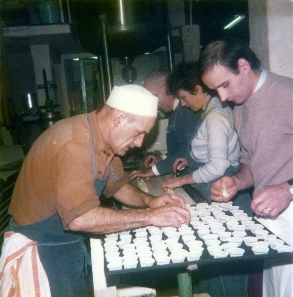 Production de macarons (années 1970)