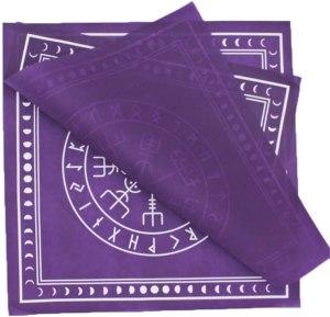 04-Mantel para tarot Runas - Morado