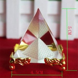 04-Pirámide Energía Cristal Soporte 5cm