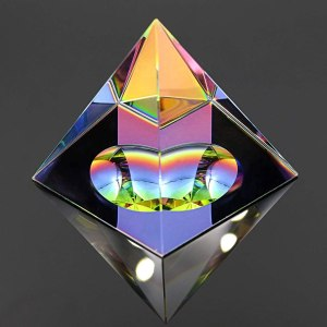 05-Pirámide Energía Cristal iridiscente 10cm