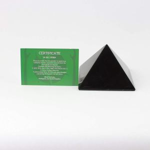 05-Pirámide Energía Shungita pulida 8cm