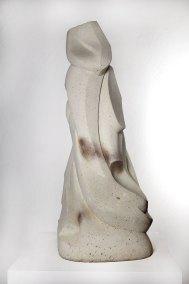 """Euritmia"" 1960-1961 : cantera blanca 181 x 47 x 40 cm"