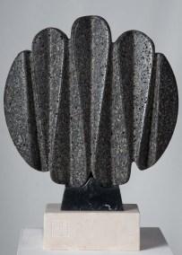 Gaudiana | 2018 Talla sobre piedra volcánica 60 x 46 x 13 cm