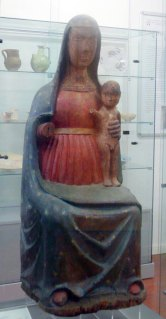 Madonna con Bambino, prima metà XIV sec, legno policromo, h 99 cm