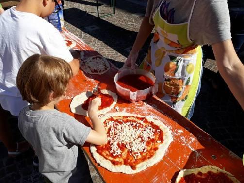 pizza in piazza / giovedì 7 giugno