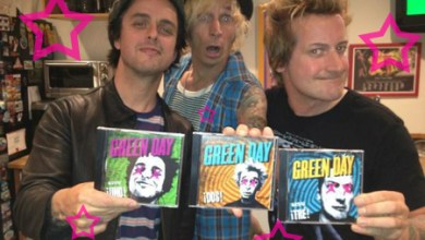 Photo of Green Day Releases Holiday Song, XMAS Time of the Year