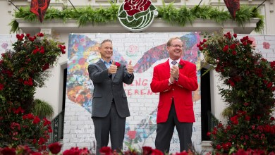 Photo of ACTOR AND HUMANITARIAN GARY SINISE SELECTED AS 2018 TOURNAMENT OF ROSES GRAND MARSHAL