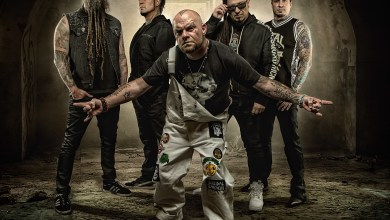 Photo of FIVE FINGER DEATH PUNCH AND BREAKING BENJAMIN DONATE TO CHARITY ORGANIZATIONS