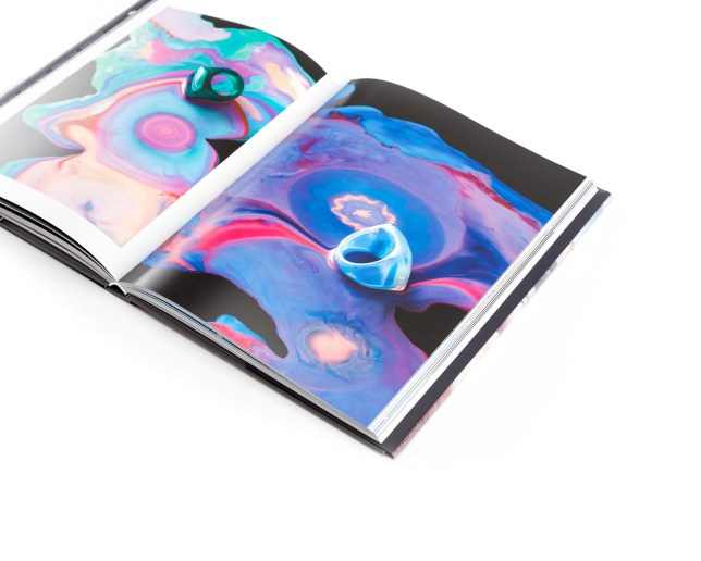 HASSELBLAD MASTERS VOLUME 6: INNOVATE FEATURES THE STRIKING