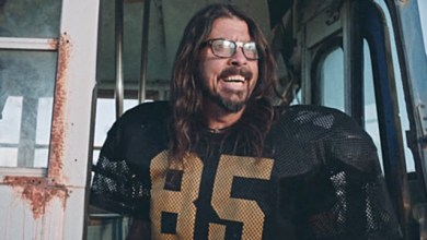 Photo of Foo Fighters Get Ready For Super Saturday Night