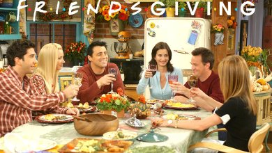 Photo of WARNER BROS. STUDIO TOUR HOLLYWOOD CELEBRATES 25th ANNIVERSARY OF FRIENDS WITH FRIENDSGIVING