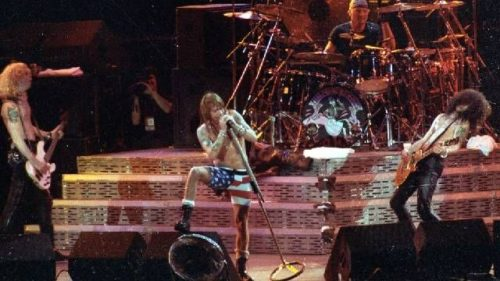 Guns n Roses on the Use Your Illusion Tour