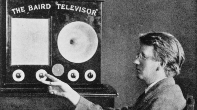 An early television set, 1920s